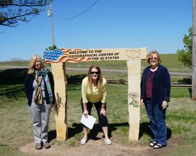 Geographical center of USA -- Mary, Joanna & Marcy